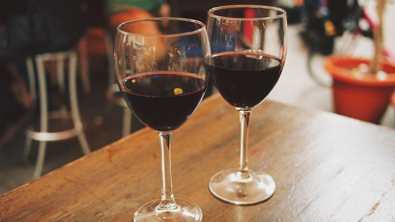 Investir dans le vin, comment s'y prendre pour gagner de l'argent ?