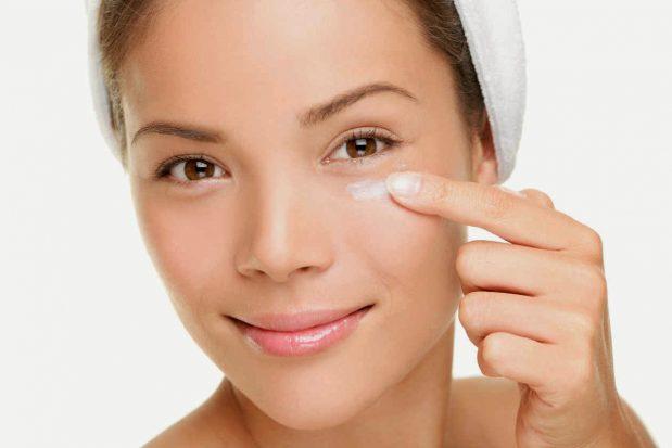 Acné hormonale : votre dermatologue a certainement une solution appropriée