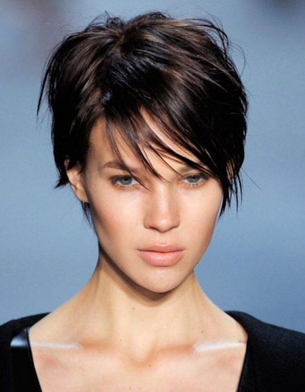 Coupe de cheveux courte femme, je l'adopte sans attendre !