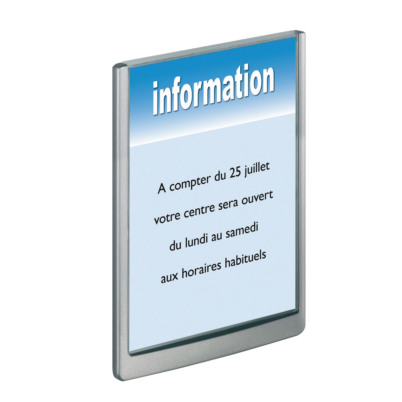 Quel est le format d'une plaque professionnelle?